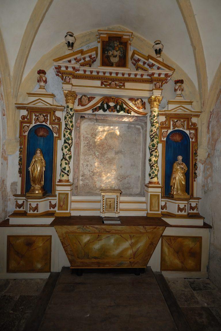 Intérieur de l'église de Saint-Julien de Rodelle